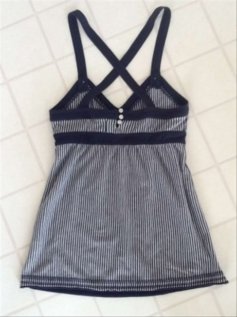 Abercrombie & Fitch Top Navy and White