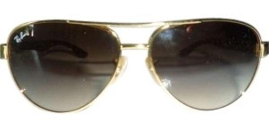 Preload https://item1.tradesy.com/images/ray-ban-tortoise-and-gold-frame-w-brown-mirror-lesnses-new-w-case-sunglasses-150305-0-0.jpg?width=440&height=440