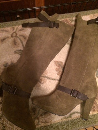 Colin Stuart ARMY GREEN W CHOCOLATE BROWN BUCKLE STRAP ACCENTS Boots Image 2