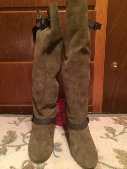 Colin Stuart ARMY GREEN W CHOCOLATE BROWN BUCKLE STRAP ACCENTS Boots Image 3