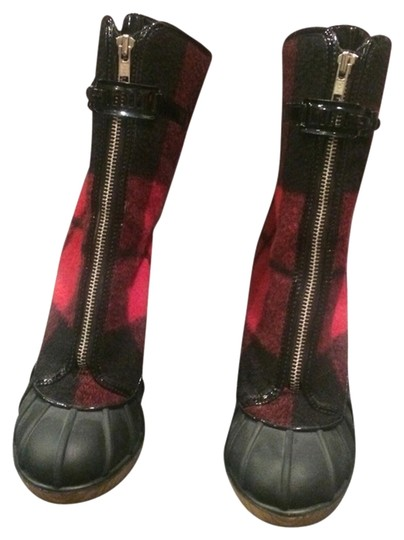 Preload https://item1.tradesy.com/images/michael-kors-red-and-black-boots-1503135-0-0.jpg?width=440&height=440