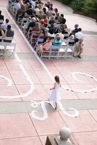 Ivory Petal Aisle Runner With Delicate Swirls