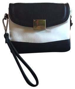 Charming Charlie Wristlet in Black And White