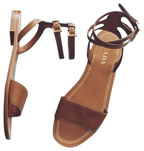 Prada Sandal Flat Flats Leather Caramello Tan Sandals