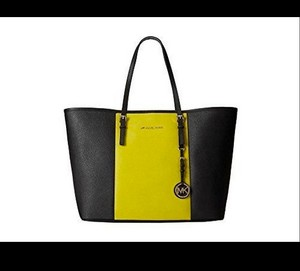 Michael Kors Tote in Black and Apple Green