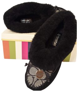 Coach Slippers Moccassins Arleen Size 5 New In Box Slippers House Slippers Moccasins House BLKWHT/BLK Flats
