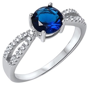 9.2.5 unique blue sapphire and white sapphire cocktail ring size 7