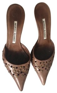 Manolo Blahnik Studded Kitten Classic Manolo Western Brown Pumps