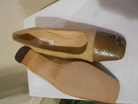 Talbots Taupe Pumps