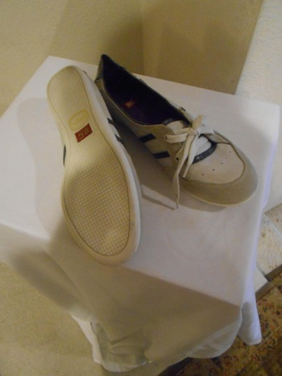 BC Footwear White Athletic Image 1