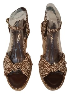 Blossom Collection Brown and beige Sandals