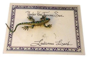 Under The Tuscan Sun Hand Crafted Under The Tuscan Sun Rubber Rhinestone Lizard Pin Brooch