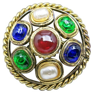 Chanel Chanel pin Pearls Red green blue glass
