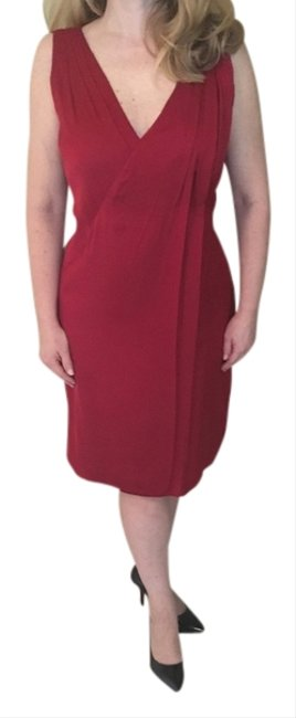 Preload https://img-static.tradesy.com/item/15039703/elie-tahari-red-mid-length-cocktail-dress-size-10-m-0-2-650-650.jpg