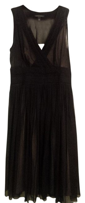 Preload https://item3.tradesy.com/images/banana-republic-black-and-nude-lining-silk-sz-8-knee-length-cocktail-dress-size-8-m-1504072-0-0.jpg?width=400&height=650