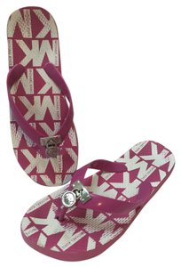 Michael Kors Flipflops Pink Sandals
