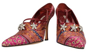 Manolo Blahnik Brocade Jewelled Fabric Red Brocade Pumps