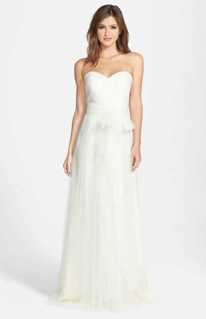 Item - White Polyester (Tulle) Annabelle Feminine Bridesmaid/Mob Dress Size 2 (XS)
