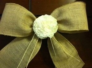 Burlap (Tan) and Off-white In Flower Set Of 12 Rustic Wired Ribbon Bows W/ Center Detail Aisle Runner