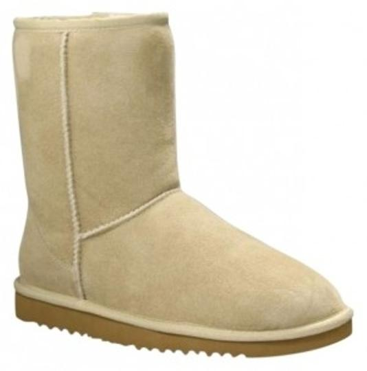 Preload https://item2.tradesy.com/images/ugg-australia-tan-bootsbooties-size-us-7-150436-0-0.jpg?width=440&height=440