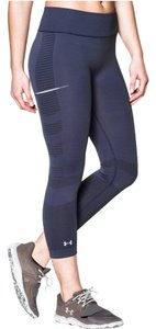 Under Armour Under Armor Run Seamless Fitted Capri Leggings 1248742 Faded Ink Gray