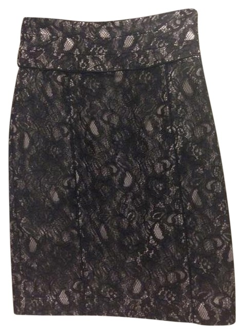 Preload https://item2.tradesy.com/images/h-and-m-black-lace-knee-length-skirt-size-4-s-27-1504466-0-0.jpg?width=400&height=650