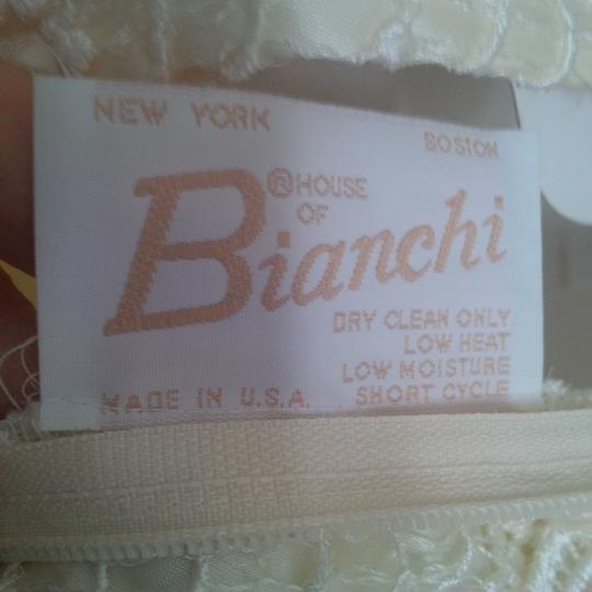 Bianchi Ivory Lace Over Satin Like Fabric New Gown Vintage Wedding Dress Size 12 (L) Image 2