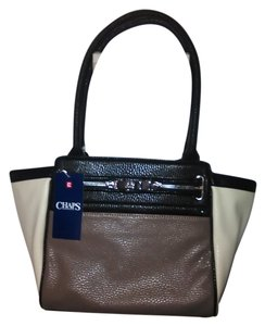 Chaps Chrome Logo Accent Tote in Multi color