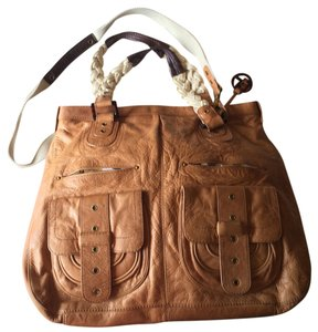 Elliott Lucca Tote in Brown