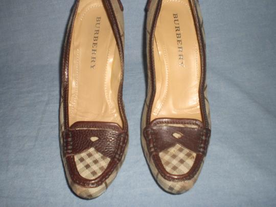 Burberry brown leather and plaids Pumps Image 2