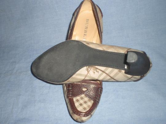Burberry brown leather and plaids Pumps Image 3