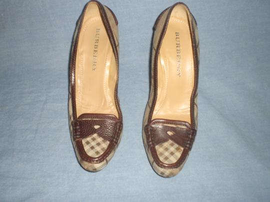 Burberry brown leather and plaids Pumps Image 9