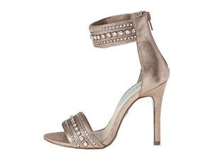 Betsey Johnson Silver Metallic Blue By Charm Pumps Size US 8.5 Regular (M, B)