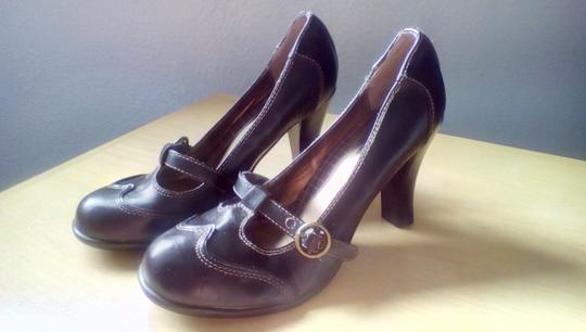 Mudd dark brown Pumps