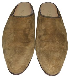 Gucci Taupe Suede Flats