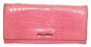 Miu Miu Miu Miu Pink Crocodile Embossed Leather Continental Wallet