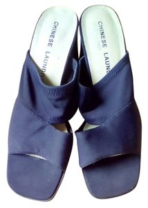 Chinese Laundry dark blue Sandals