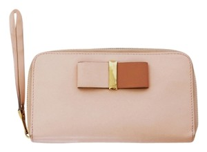 Chloé Chloe Bobbie Leather Wristlet Zip-Around Blossom/Baby Pink-All Set