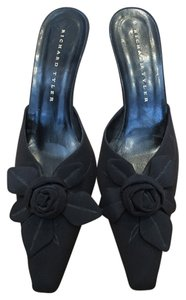 Richard Tyler Vintage Lycra Flower Slides Black Formal