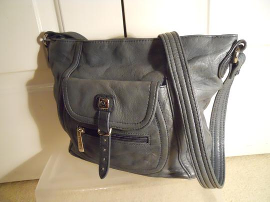 Stone Mountain Accessories Leather Crossbody Shoulder Bag Image 10