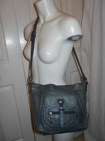 Stone Mountain Accessories Leather Crossbody Shoulder Bag Image 2