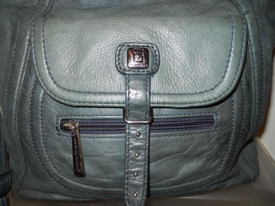 Stone Mountain Accessories Leather Crossbody Shoulder Bag Image 6