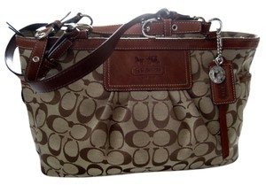 Coach Near Mint Roomy Style 12729 Tote