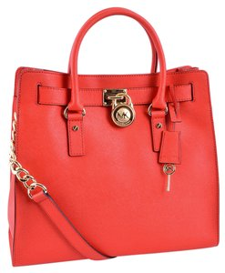 Michael Kors Mk Hamilton Large Shoulder Bag