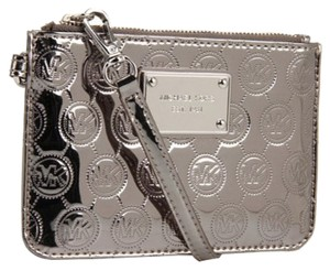 Michael Kors Kors Jetset Patent Leather Monogram Wristlet in Nickel