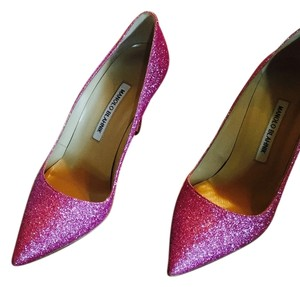 Manolo Blahnik Pink sparkly Pumps
