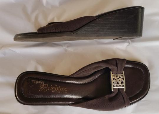 Brighton Stretchy Brown Wedges