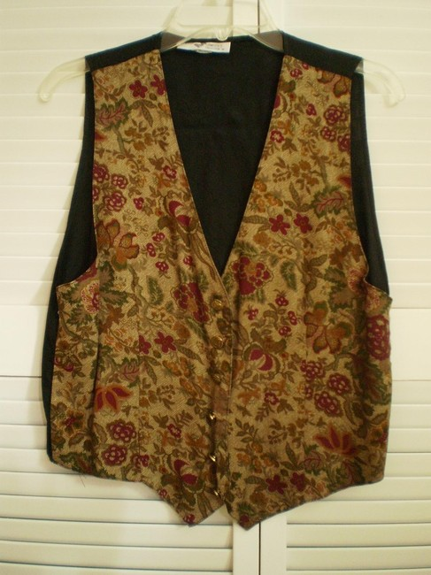 Preload https://item2.tradesy.com/images/tapestry-look-vest-blouse-size-12-l-150646-0-0.jpg?width=400&height=650