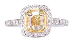 18K Fancy Yellow Radiant-Cut Diamond in White Gold