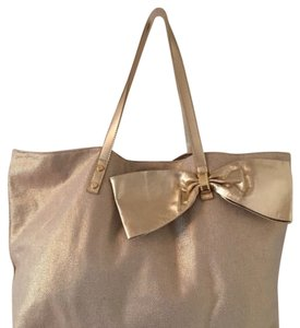 Lilly Pulitzer Tote in Tan Gold